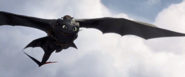 How-To-Train-Your-Dragon-2-Teaser-Trailer-Screenshot-Toothless-Flying.jpg