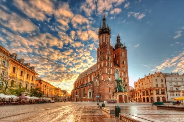 Mary-Basilica-Krakow.jpg